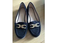 Suede effect TOPSHOP (size 5) flats