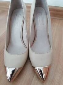 Shoes size 3, heels size 3 topshop leather