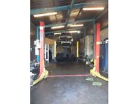 Car Workshop Unit for mechanical work available for Renting in the Aston Birmingham Area.