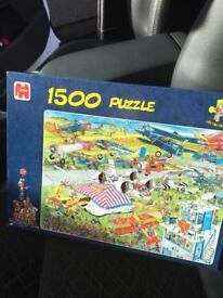 JVH 1500 Piece puzzle built once from new THE AIRSHOW