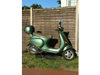 VESPA ET4 125 ( IMMACULATE CONDITION )