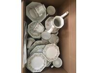 Crockery set for sale