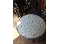 Garden table grey plastic with four chairs 20 pound