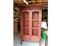 Book shelf unit Dark wood. Size 72h x 36w x 15depth. excellent condition.