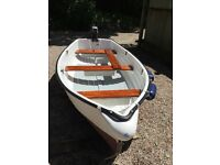 Anarth 10 ft fibreglass dinghy and 2.5 Marina outboard Good condition