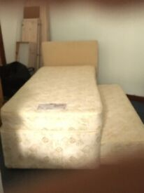 Single bed, can be made into double
