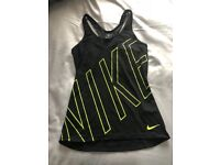 Ladies Nike Gym Top size small