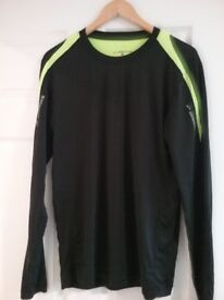 Mens black running long sleeved top