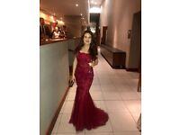 Size 6 stunning burgandy formal dress