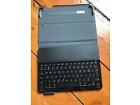 Ipad Air case and keyboard by logitech