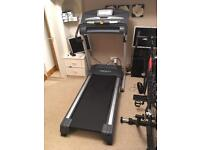Weslo Cadence 26.0 Folding Treadmill Running Machine 16 kph Power incline Heart