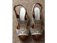 Pavers leather wedge sandals size 6