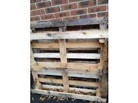 2 Wooden pallets (Free)