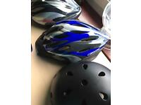 3 cycle helmets ( great condition)