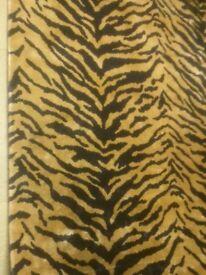 Silk rug 8' x 5'