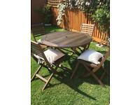 Patio Set , table , 4 Chairs & new cushions