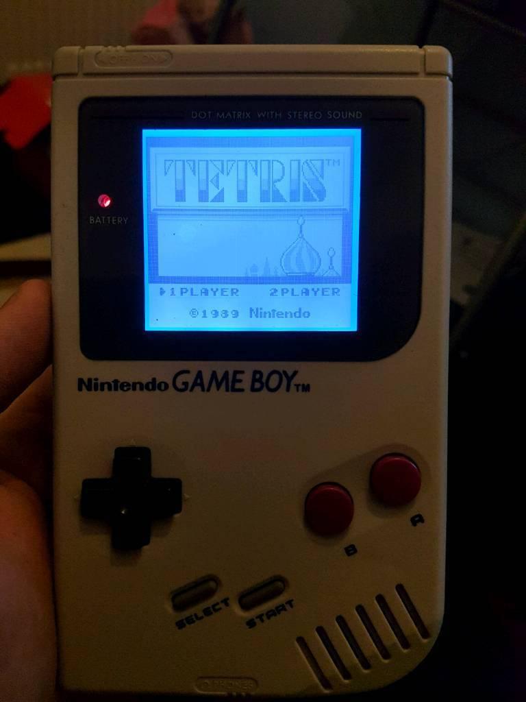 backlit gameboy with tetris