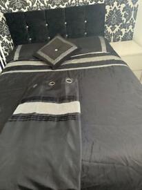 Crushed diamanté bed