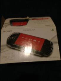 Psp good condition with box and games