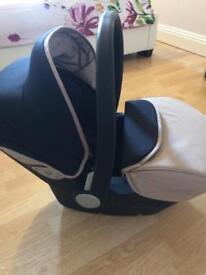 Silver cross car seat ( £150 new )