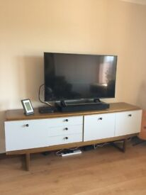 """""""Retro"""" sideboard and TV unit"""