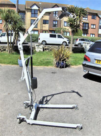 CHLTERN PATIENT BODY HOIST LIFT.FREE DELI VERY B,MOUTH AND LYMINGTON AREAS