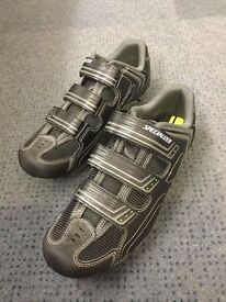 Specialized BG Sport MTB Shoes Size 43EU with Shimano SM-SH56 Cleats