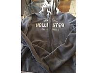 Hollis tee grey hoodie xs