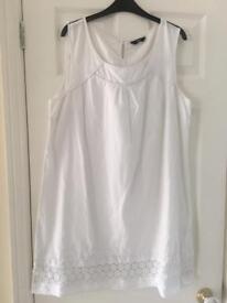 Ladies Dresses at £5 each