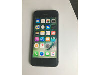 iphone 5s unlocked needs new case 16gb spares or repair