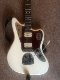 Fender Classic Player Jaguar Special HH in Olympic White