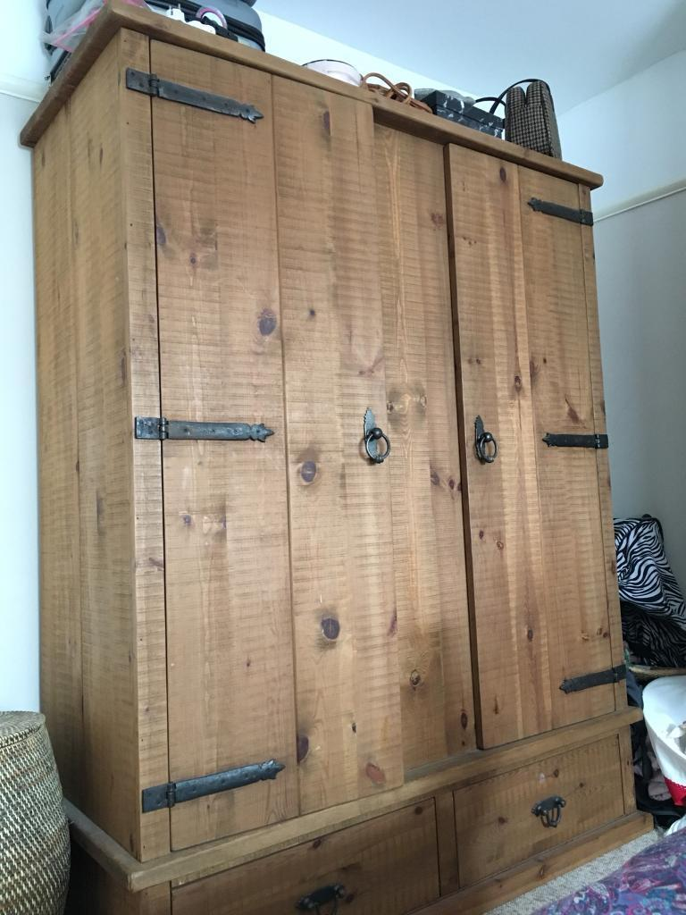 Reclaimed Pine Bedroom Furniture