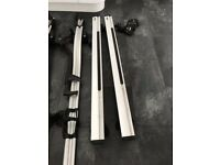 THULE aero bars 2 x cycle carriers