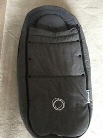Bugaboo bee3 cocoon in grey melange in immaculate condition