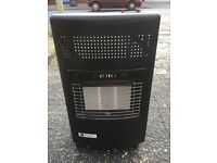 LIKE NEW PORTABLE GAS HEATER