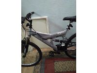 Mans bike for sale 30 pound o.n.o pick up only phone 07493649860