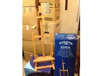 Winsor and Newton Table Easel. Solid Beech, as new in Original box with instructions.