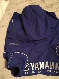 Yamaha body warmer s/m