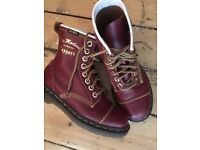 Dr Martens cappers brand new size uk 4