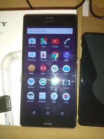 Sony Xperia Z3 Unlocked. Very nice condition and perfect working order. Boxed