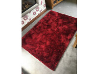 Red Carpet Rug Large Living Room Soft Comfortable £120 When New Bought 6 Months Ago