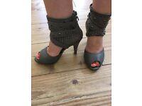 Size 4 women's shoes