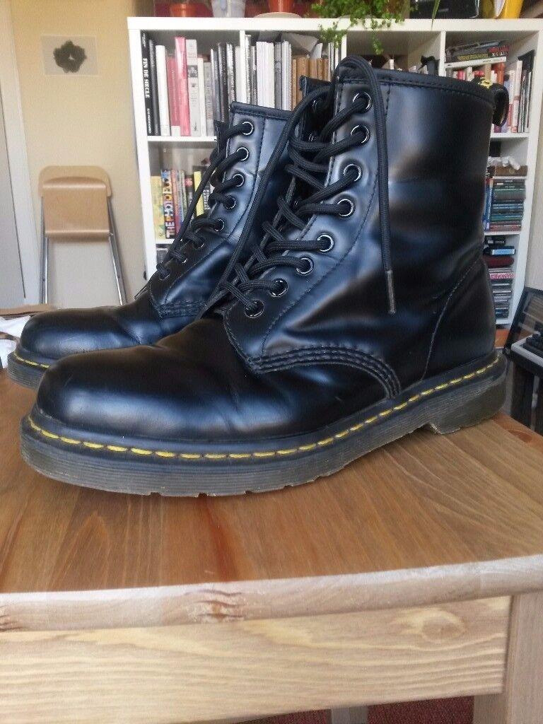 Dr Martens black Air Wair UK size 7 boots 6e76af876