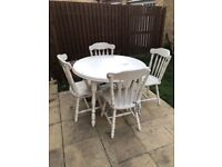 Farm style table and chairs just needs some tlc