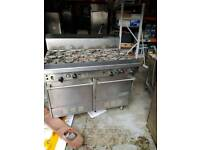 Garland comercial 8 burner cooker with oven.