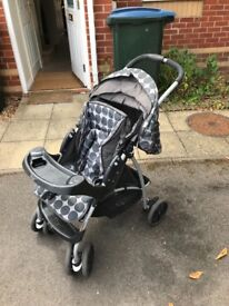 Graco travelling system/buggie/pushchair