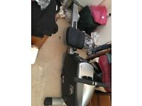 treadmill & rowing machine