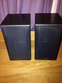 Pair of sony speakers