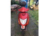 USED HONDA Red 2006 Motorcycle SCV 100 F-5 102 CC (Spare or Repair)