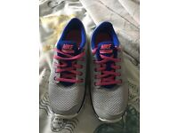Ladies size 5 Nike trainers